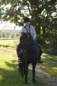 Anette til hest